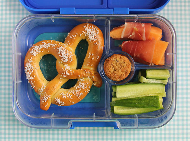 Soft pretzel Yumbox Lunch