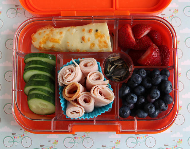 Snacky Yumbox for Augie