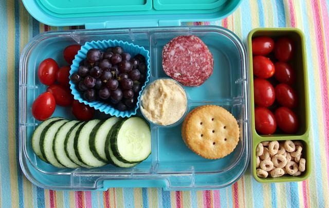 Kid-packed Snacky Yumbox