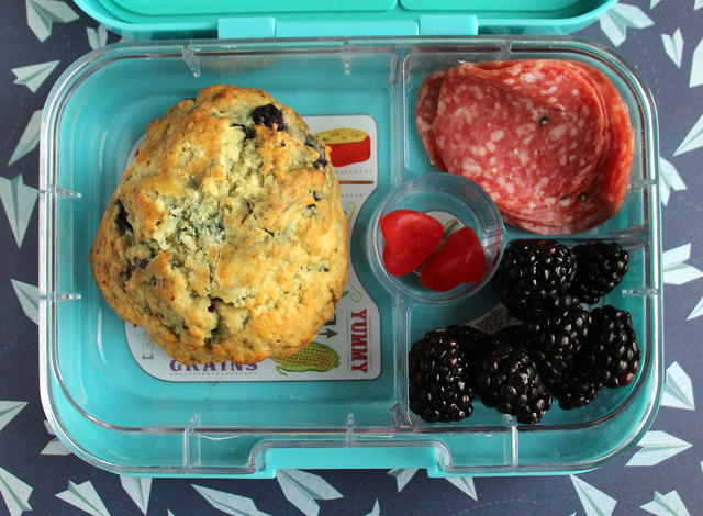 Kid-packed Yumbox Lunch