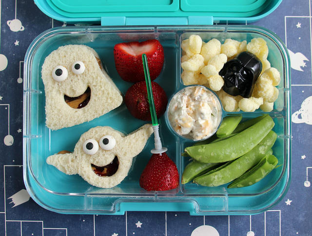 Goofy Star Wars Yumbox Lunch